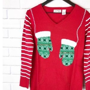 Isabella's Closet ugly Christmas sweater NWT M